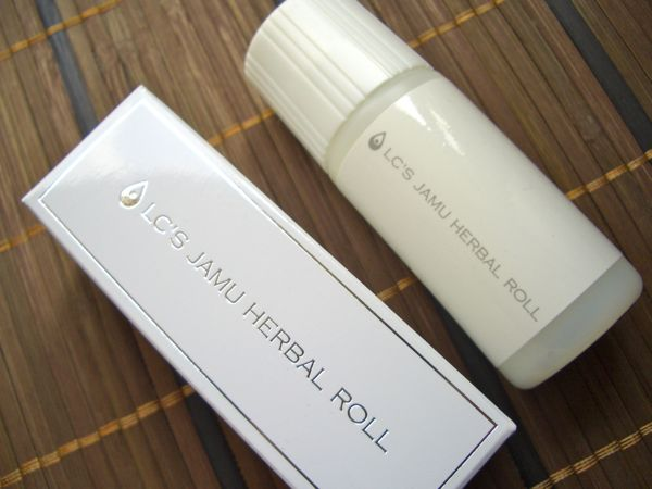 LClove cosmetics(エルシーラブ コスメティック)『ジャムウ ハーバルロール』