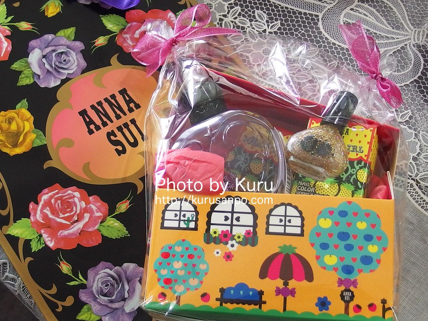 ドーリーガール バイ アナ スイの『ネイルカラー』を誕生日プレゼントにもらったよー♪